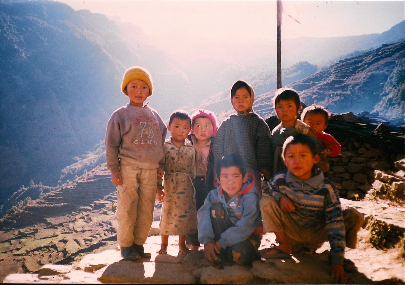 children-in-Sybru-Nepal