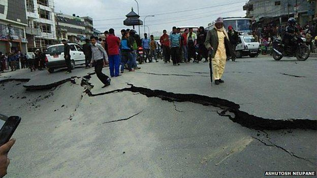 Damaged Roads after Nepal Earthquake by Ashutosh Neupane via BBC Online